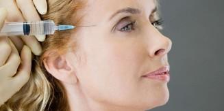woman-having-botox